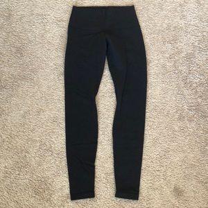 Black Lululemon Wonder Under full length legging